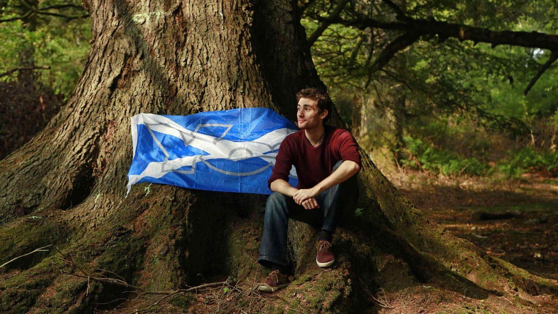 Lewis Macaskill, graduado universitario y activista por la independencia, en Stornoway, isla de Lewis (Reuters).