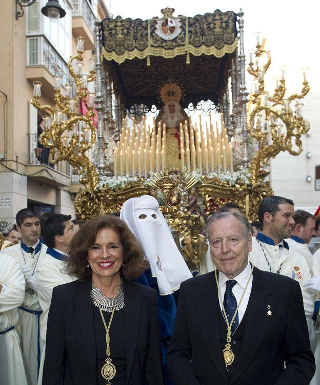 Foto: Ana Botella y Álvarez del Manzano durante la procesión de 2015. (EFE)