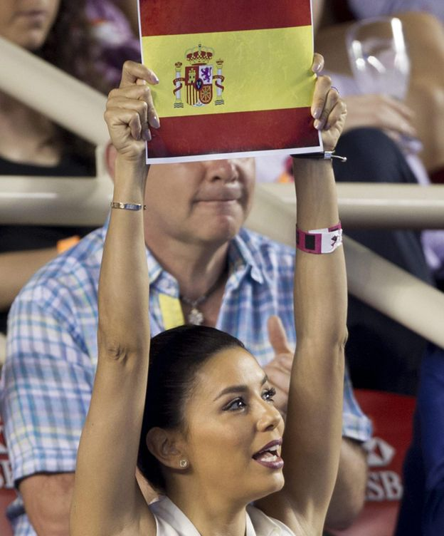 Foto: Eva Longoria animando a David Ferrer (Cordon Press)