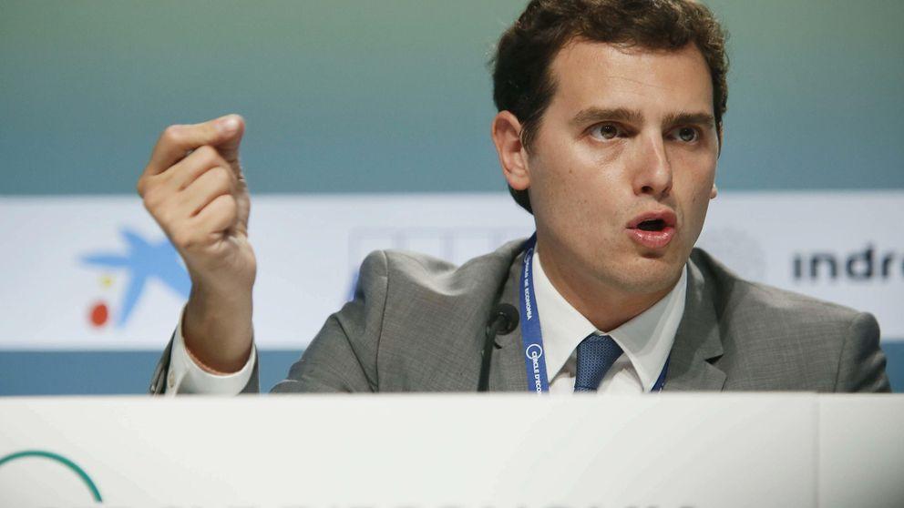 Rivera rechaza pactos de gobierno en las generales y alude a Adolfo Suárez