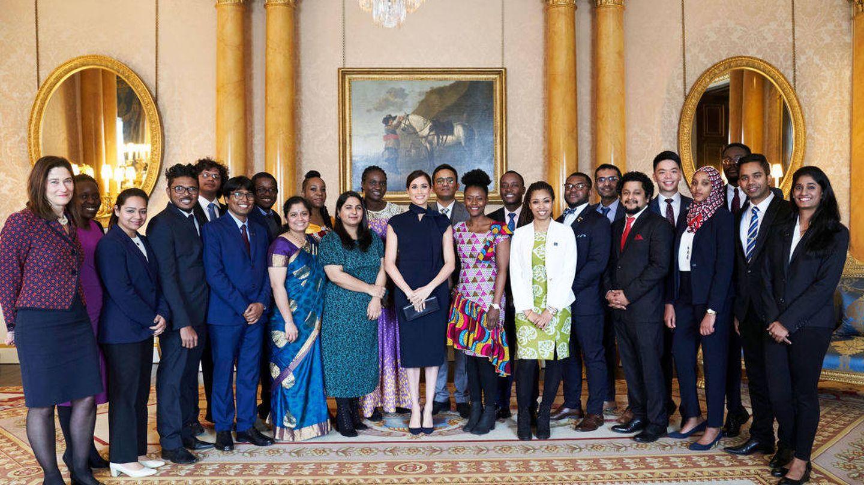 Meghan Markle, con los estudiantes de la Commonwealth. (Getty)