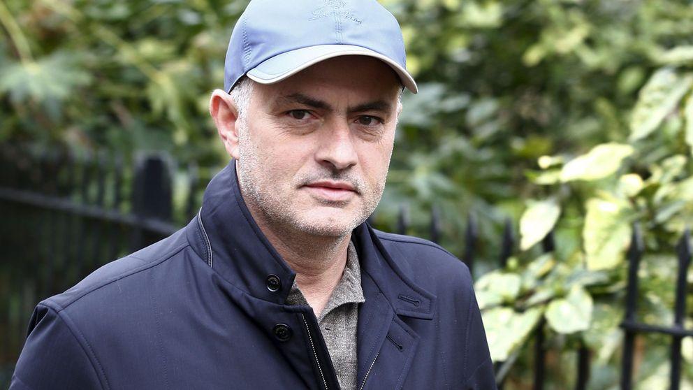 El peor equipo del mundo ofrece empleo a Mourinho