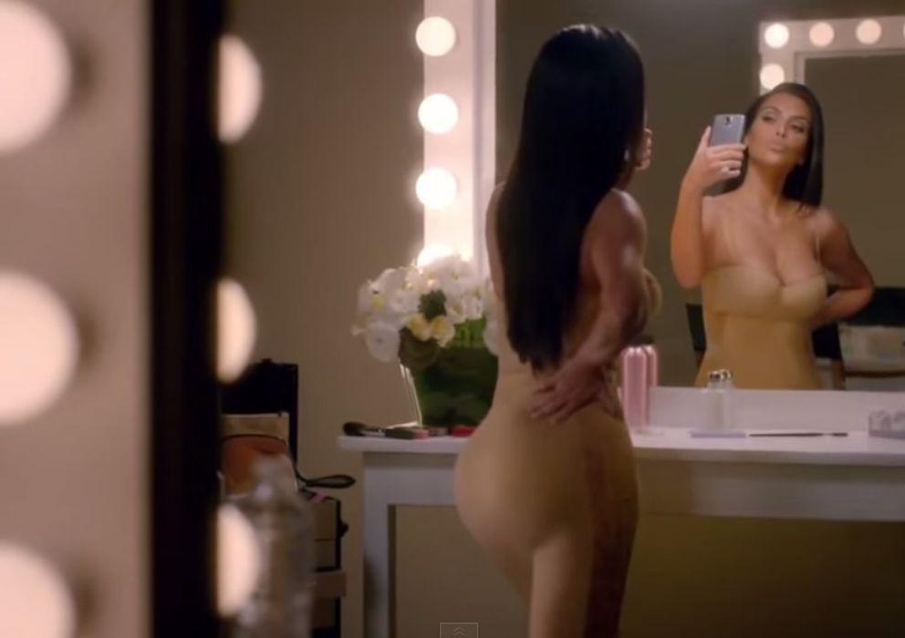 """Foto: Kim Kardashian se """"autoparodia"""" en un anuncio de T-Mobile (YouTube)"""