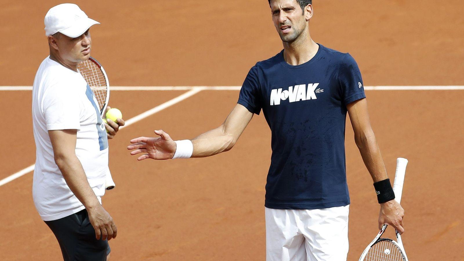 Foto: Djokovic, en un entrenamiento en Barcelona. (EFE)
