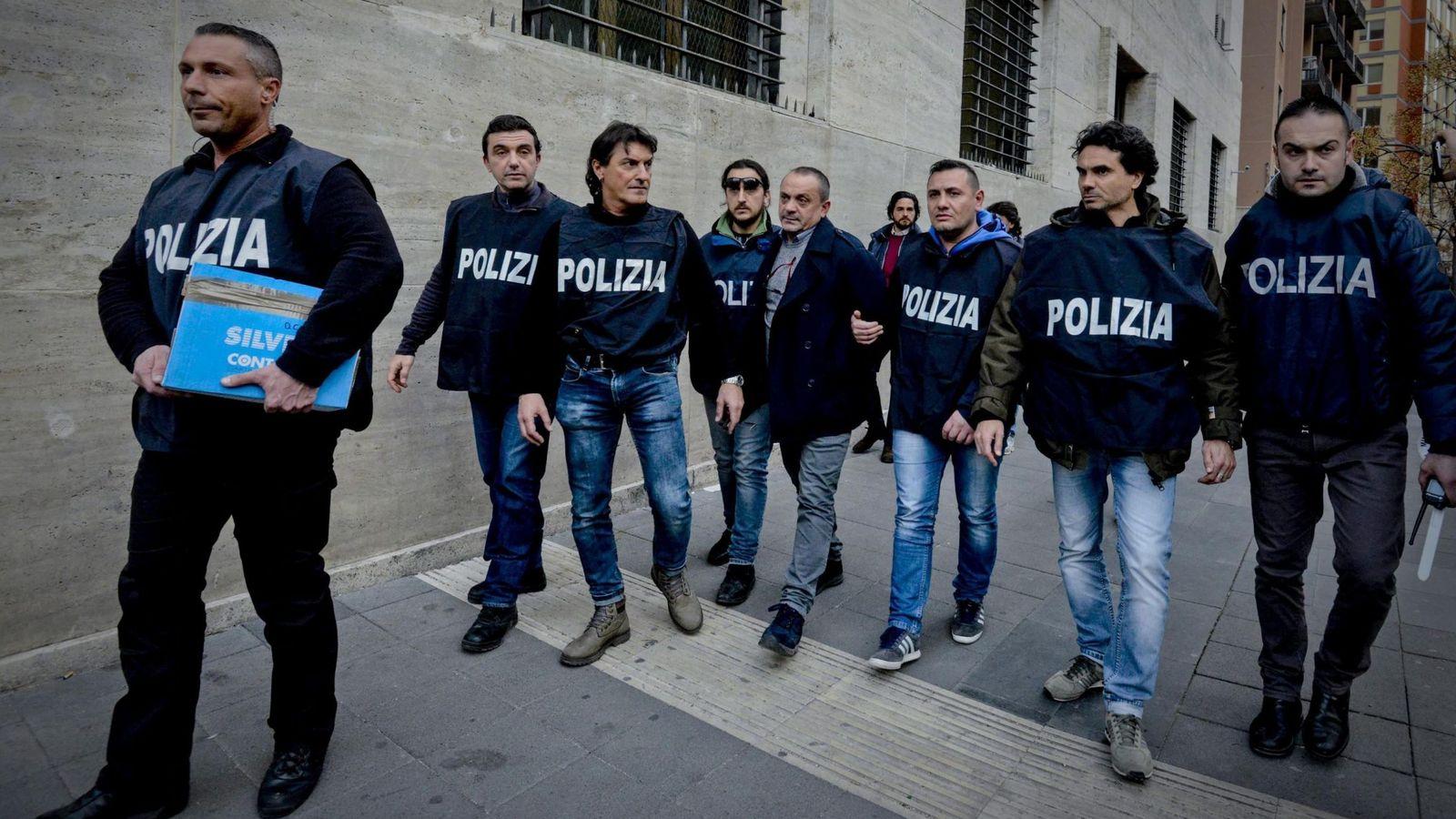 Foto: La policía italiana detuvo este mes a Vincenzo Amirante, presunto jefe de la Camorra de Nápoles. (EFE)