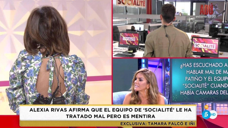 María Patiño dando la espalda al público de 'Socialité'.(Telecinco).