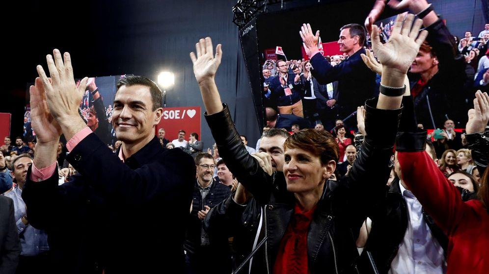 Foto: El presidente del Gobierno y candidato del PSOE, Pedro Sánchez, y la presidenta del PSN, María Chivite. (EFE)