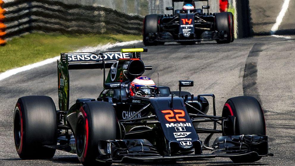 Por qué apostar por un podio de McLaren en Singapur (llueven tomates)