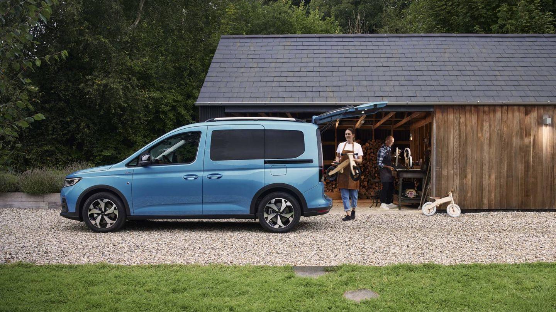 Ford llama 'multiactividad' a este tipo de vehículos, que permiten compaginar labores profesionales con usos más familiares o recreacionales.