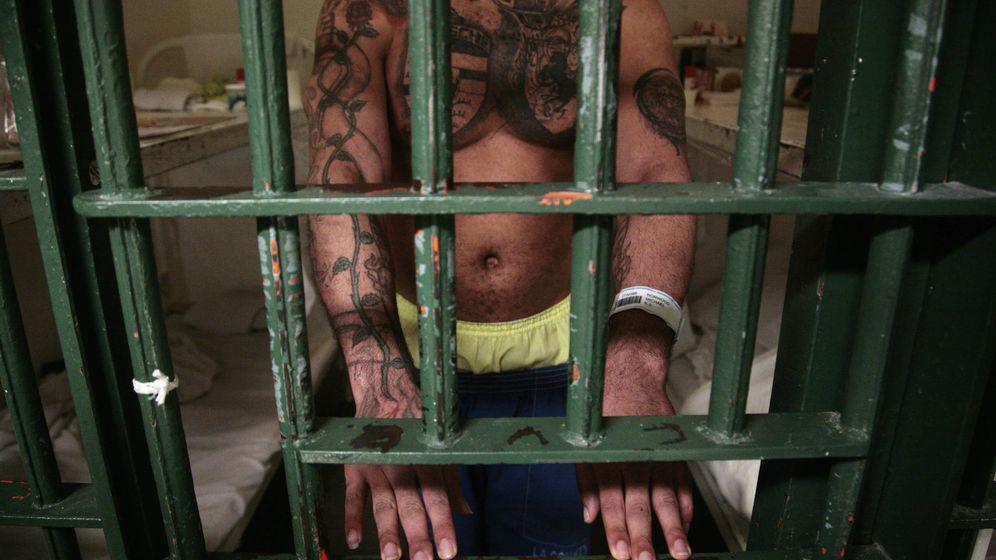 Foto: Un preso de la cárcel central para hombres de Los Ángeles. (Reuters)