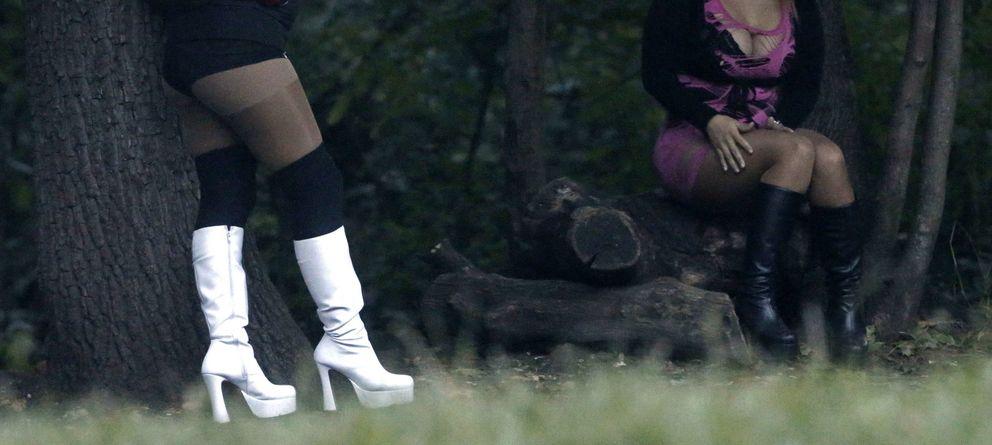 Foto: Las prostitutas pueden cometer una infracción grave si ofrecen sexo en ciertas zonas. (Reuters)