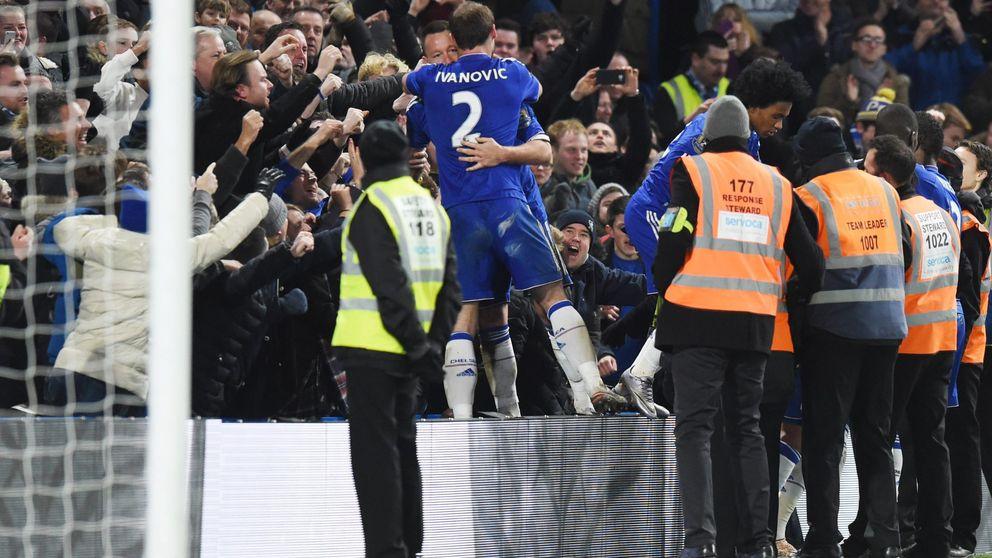 El Chelsea salva un punto con un gol en fuera de juego de Terry en el minuto 98