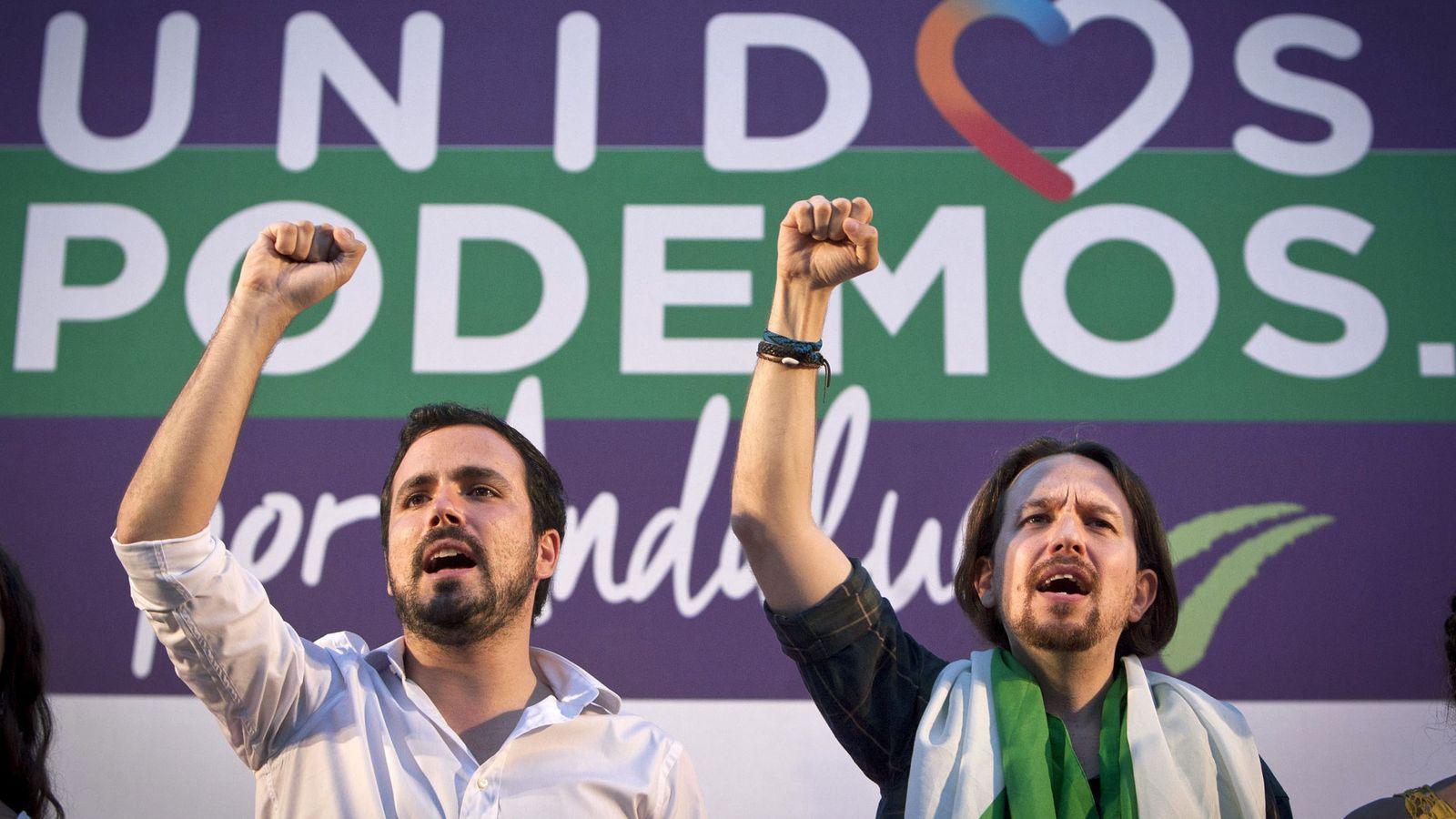 Foto: El líder de Podemos y candidato a la Presidencia del Gobierno por Unidos Podemos, Pablo Iglesias, y el coordinador general de Izquierda Unida y candidato al Congreso, Alberto Garzón. (Efe)
