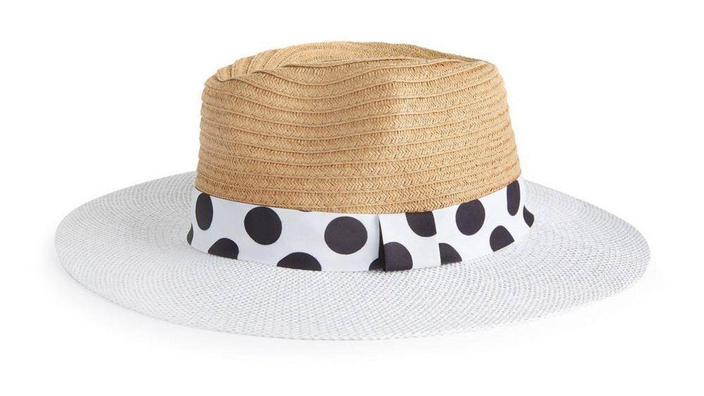 Sombrero de paja de Primark. (Cortesía)