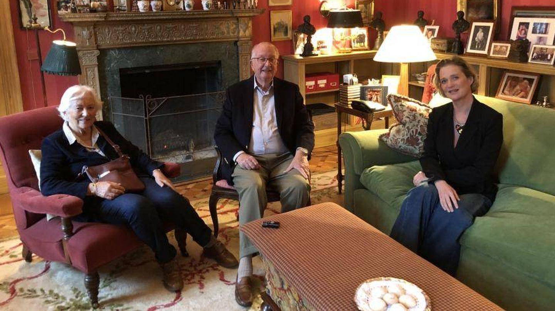 Delphine, con Alberto y Paola de Bélgica. (EFE)