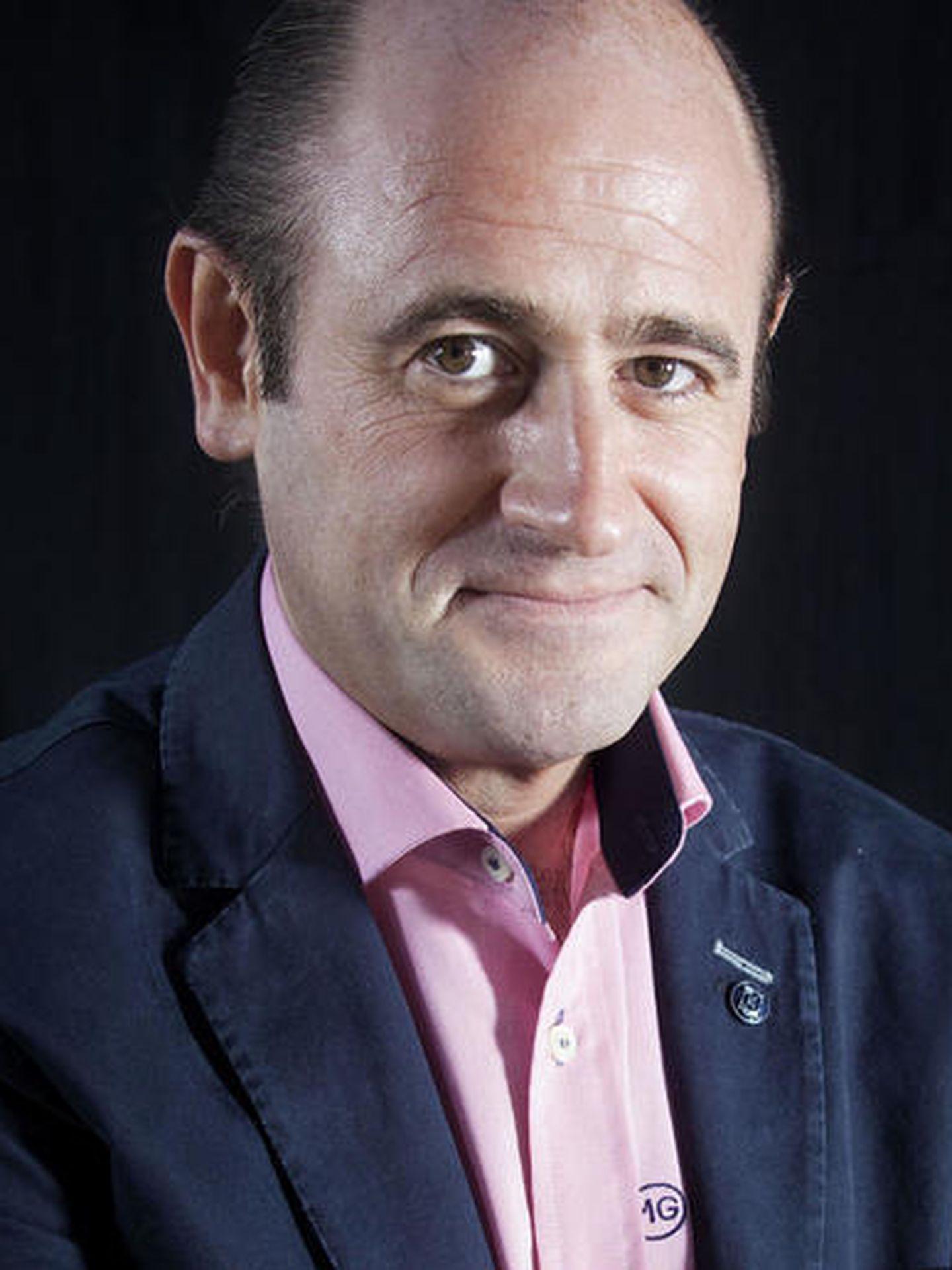 Fermín J. Urbiola