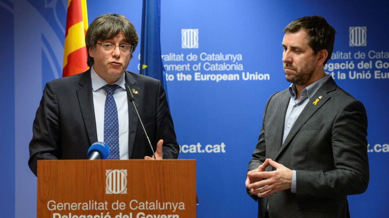Puigdemont frena la 'Constitución catalana': exige antes 200.000 inscritos en el Consell