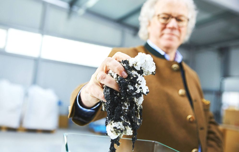 Este algodón puede revertir un vertido de petróleo, pero nadie sabe por qué