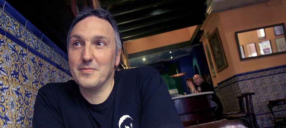 Foto: El escritor Carlos Zanon (EFE)