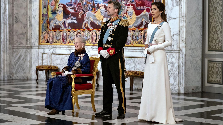 Los herederos y la reina. (Reuters)