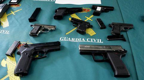 La Guardia Civil pone en circulación 8.700 armas en tres meses y a precio irrisorio