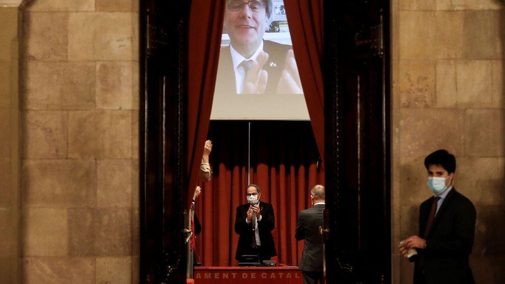 Torra vuelve al Parlament afirmando que no acepta su destitución como president