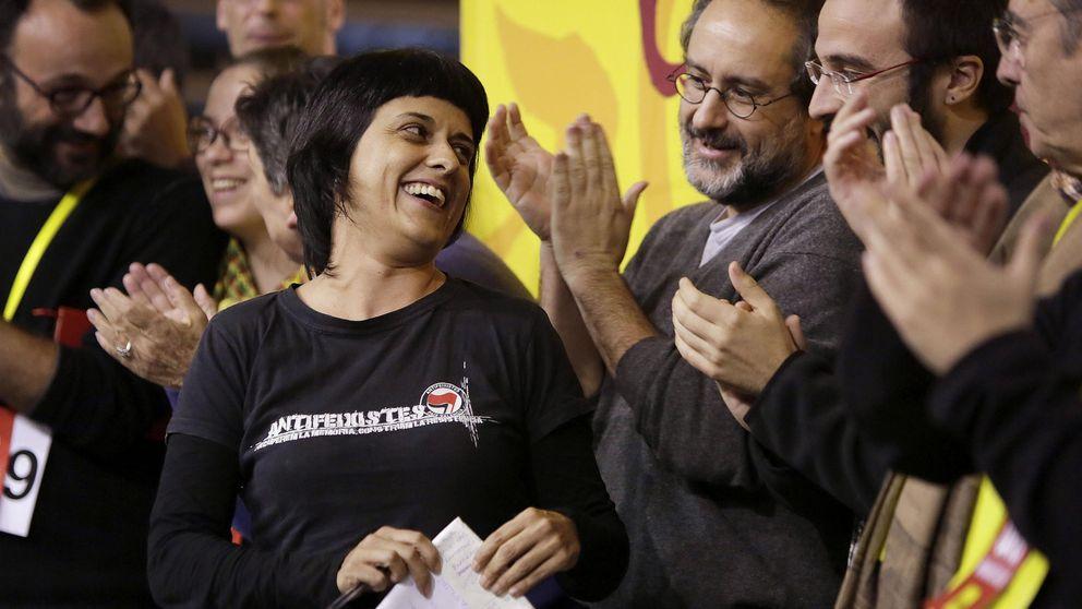 Un sector de la CUP sopesa apoyar a 'un republicano' para 'jubilar' a Artur Mas
