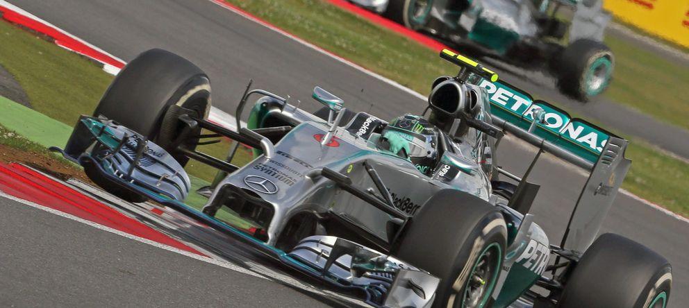 Foto: Nico Rosberg rodando por el trazado de Silverstone.