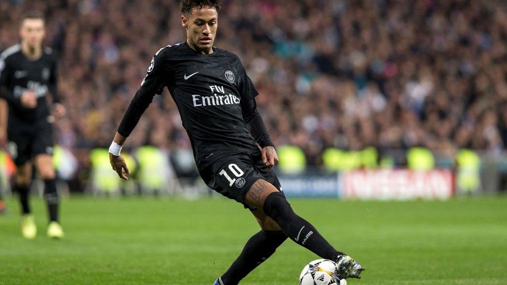 Foto: Neymar en el Santiago Bernabéu la temporada pasada. (EFE)
