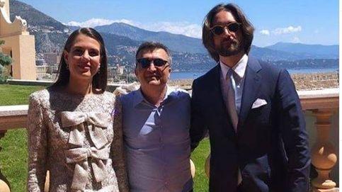 Ya son marido y mujer: primera foto de Carlota y Dimitri recién casados