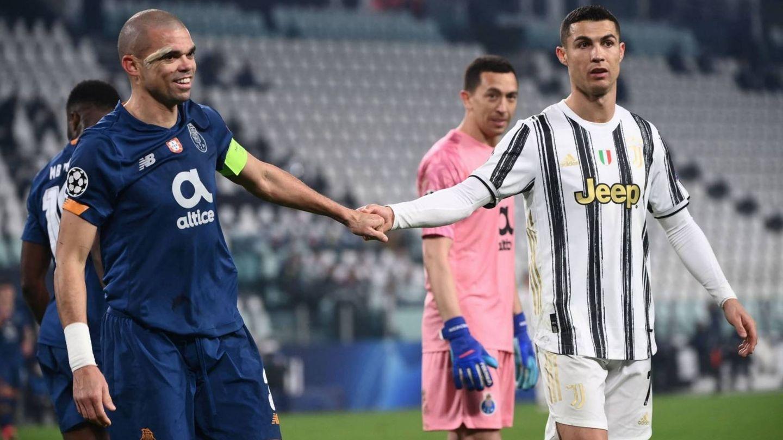 Pepe y Cristiano Ronaldo en el partido disputado en Turín.