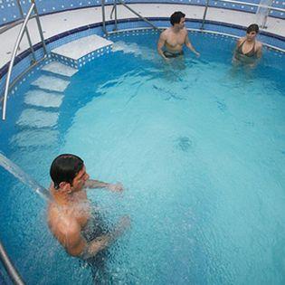 Foto: Estudian los efectos del agua mineromedicinal en el tratamiento de la psoriasis