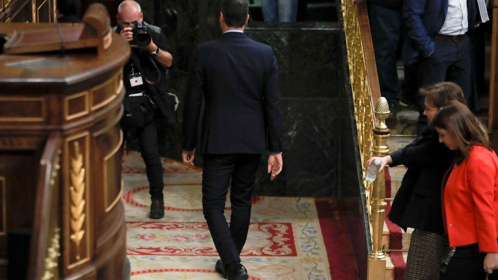 Foto: Pedro Sánchez abandona el Congreso. (EFE)