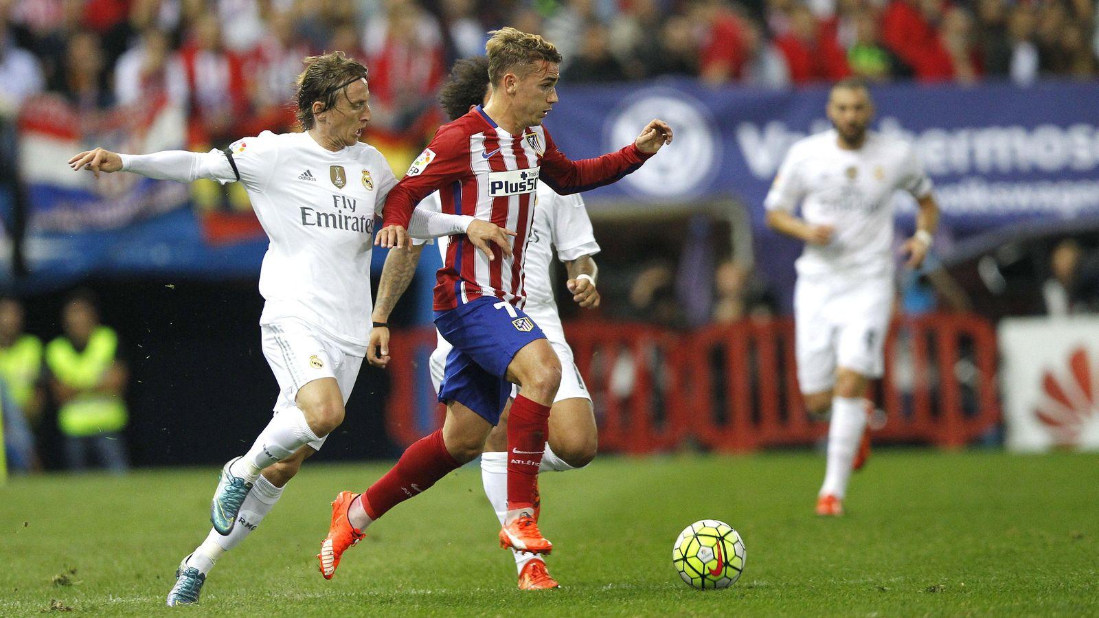 Foto: Griezmann, ante el Real Madrid en el Calderón. (EFE)