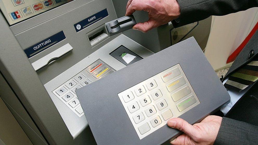 Los nuevos sistemas para duplicar tarjetas bancarias sin dejar rastro