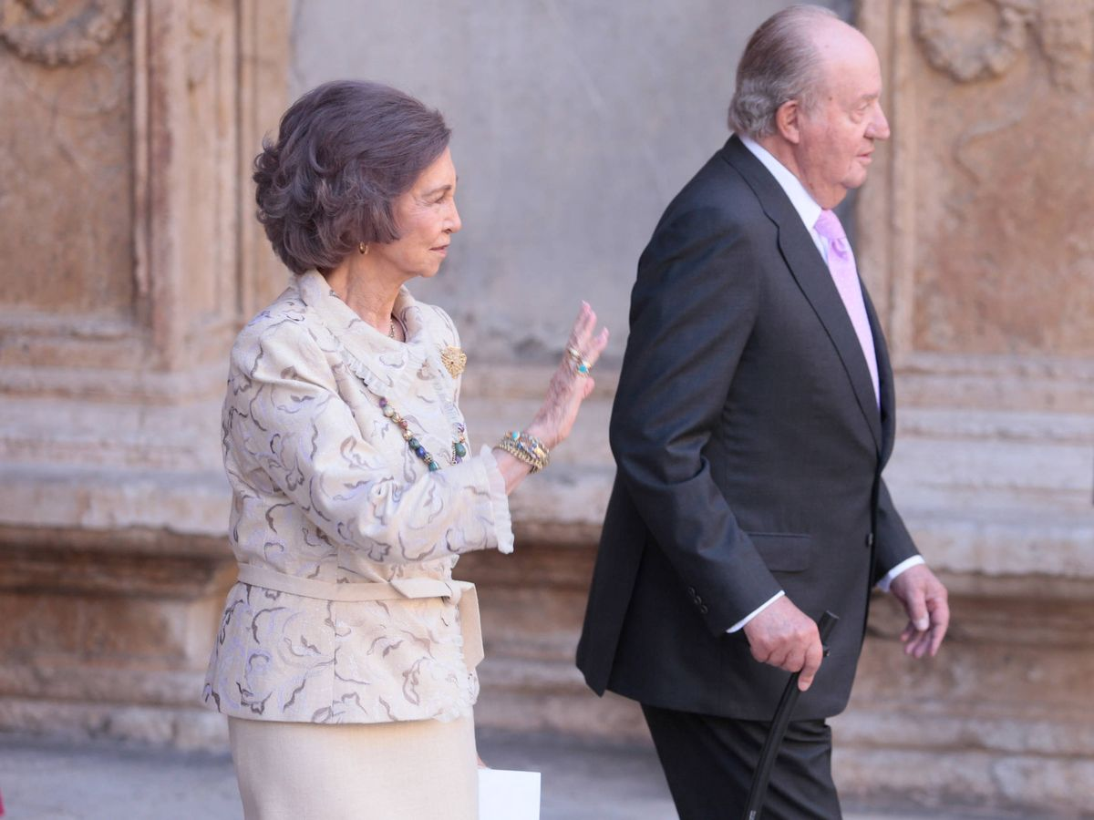 Foto: La reina Sofía y el rey Juan Carlos, en Mallorca. (Reuters)