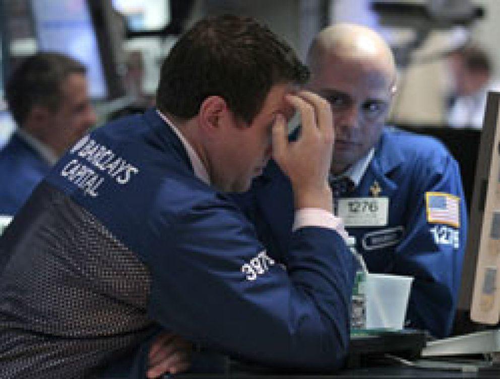 El paro de EEUU machaca a los mercados en Wall Street