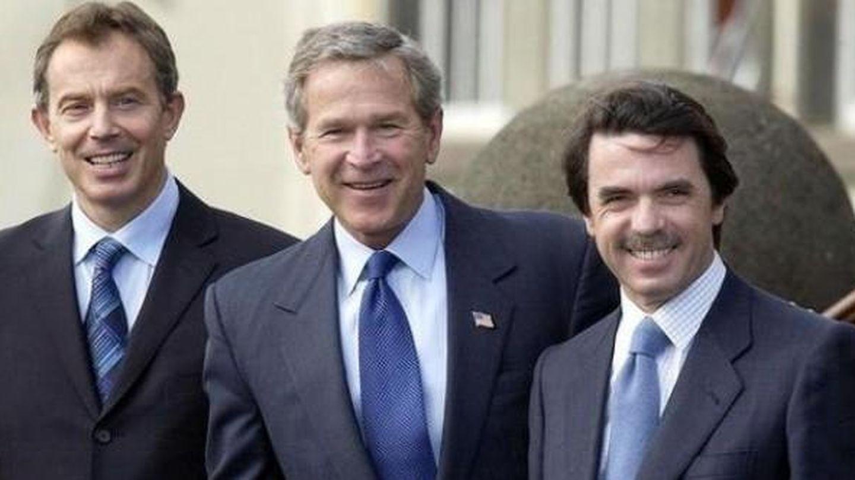 Tony Blair, George Bush y José María Aznar, durante la cumbre de Las Azores. (EFE)