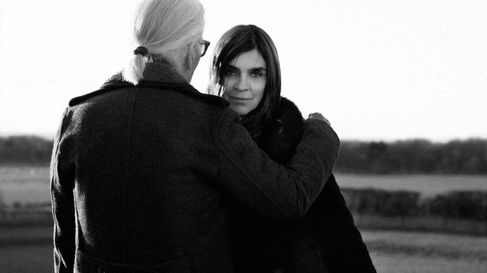 Foto: Carine Roitfeld y Karl Lagerfeld. (Cortesía Karl Lagerfeld)