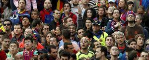 La atronadora megafonía de Mestalla no acaba con la polémica durante el himno