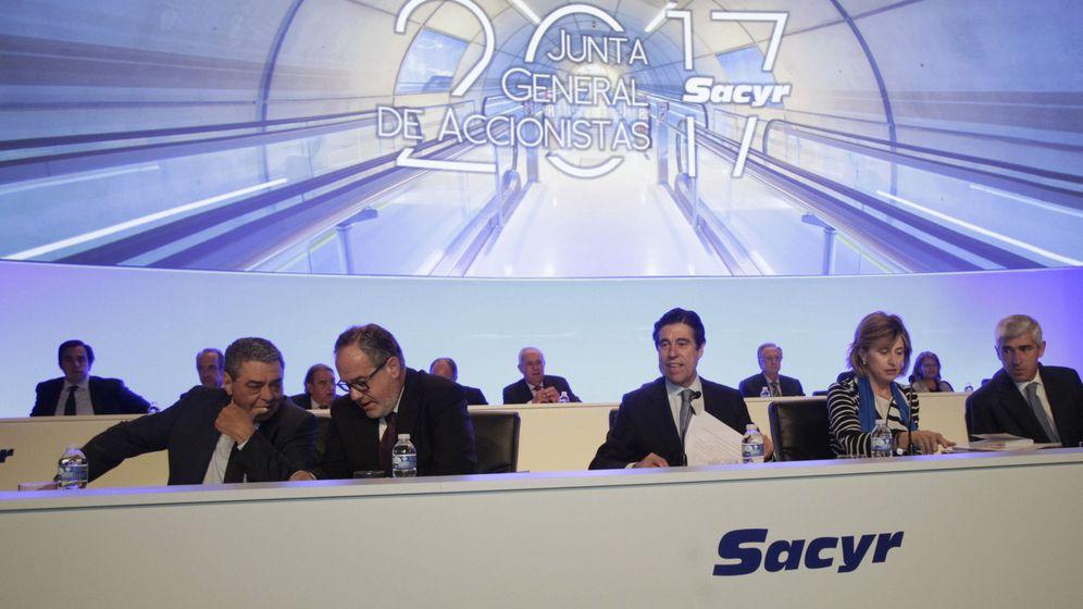 Foto: Fotografía de una junta general de accionistas de Sacyr. (EFE)