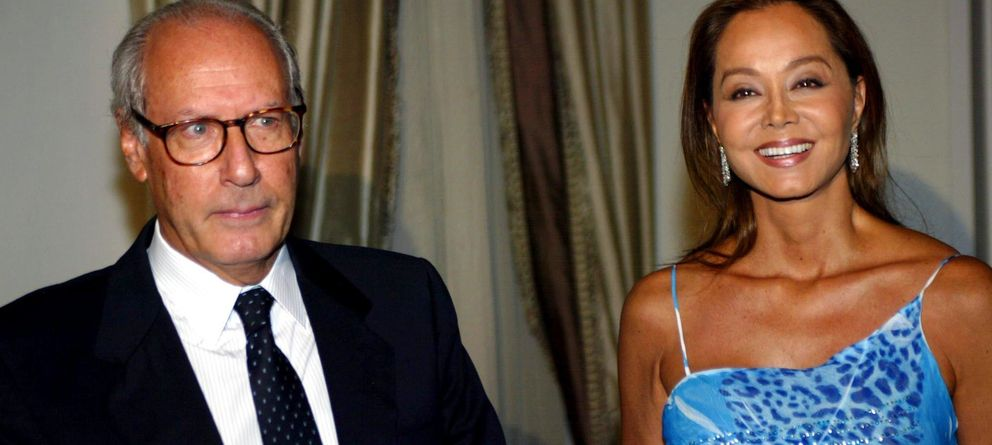 Foto: Miguel Boyer e Isabel Preysler en una fiesta de la Embajada de Estados Unidos en España en 2002 (Gtres)