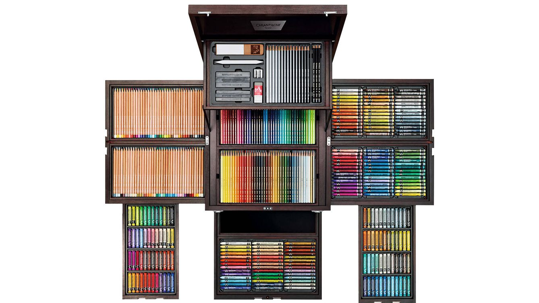 Foto: El set contiene más de 400 productos de esta casa especializada en Bellas Artes.