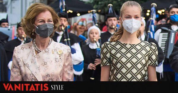 Image El efusivo beso de la reina Sofía a Leonor y otros 7 gossip de los Princesa de Asturias