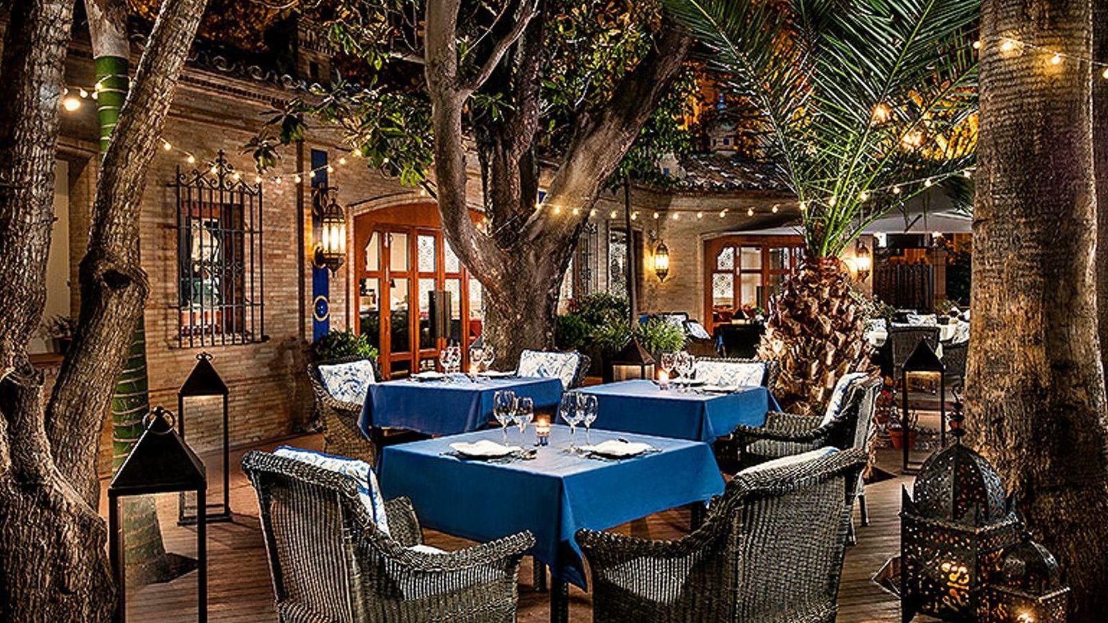 5 terrazas en hoteles 5 estrellas para cenar de tapas y - Hoteles en ibiza 5 estrellas ...