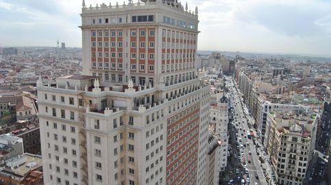 1.000 trabajadores, de lunes a domingo... RIU echa el resto para cumplir en Edificio España