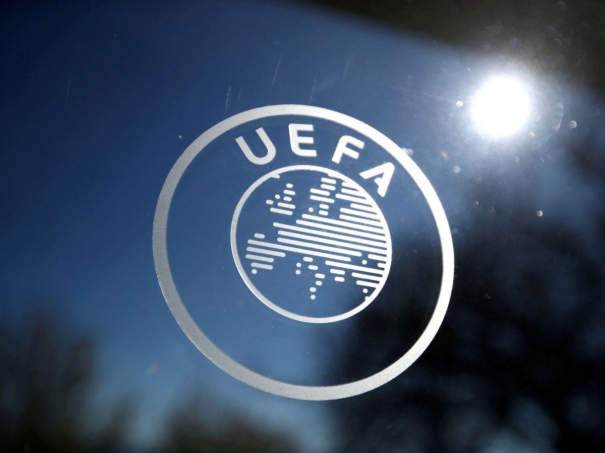 Foto: Logo de la UEFA en su sede en Suiza. (Reuters)
