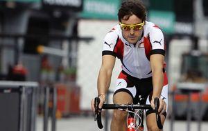 Las estresantes vacaciones de Alonso vistas por un triatleta