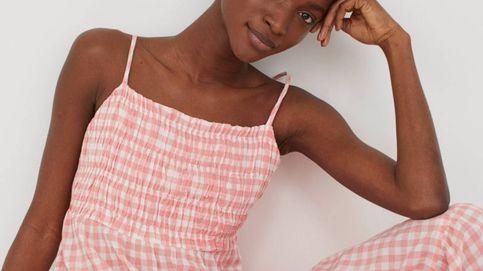 Verano es este vestido largo, vaporoso y estampado de H&M