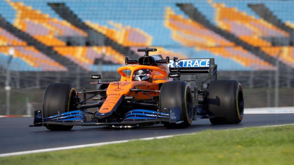 Foto: Carlos Sainz durante los entrenamientos del Gran Premio de Turquía. (Reuters)